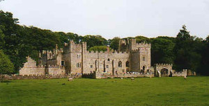 featherstone_castle1