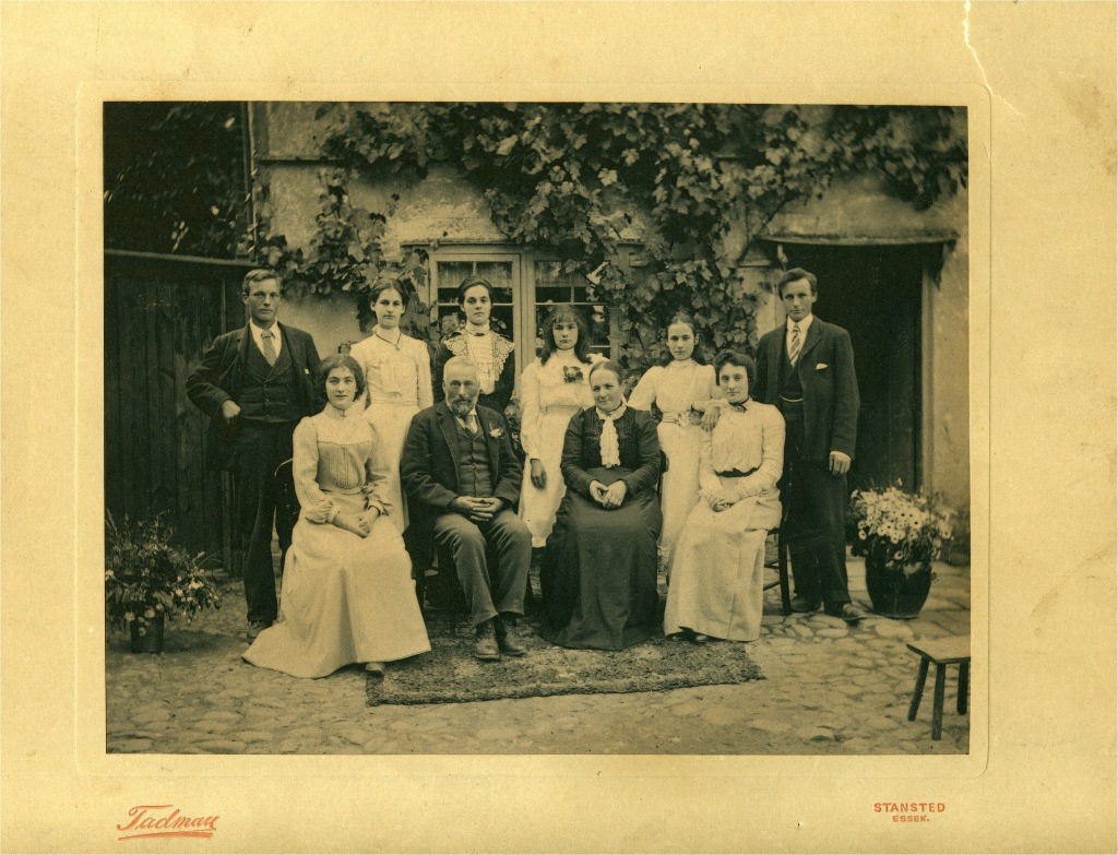 Saggers family at Burton End, Stansted, England, about 1905.