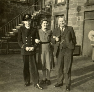 My father Alexander Antony Willing (1925-1986) with his parents Frederick George Willing (1895-1968) and Lily nee Llewellyn (1896-1961), taken in 1944